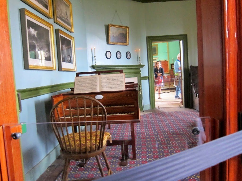 Parlor at Mount Vernon