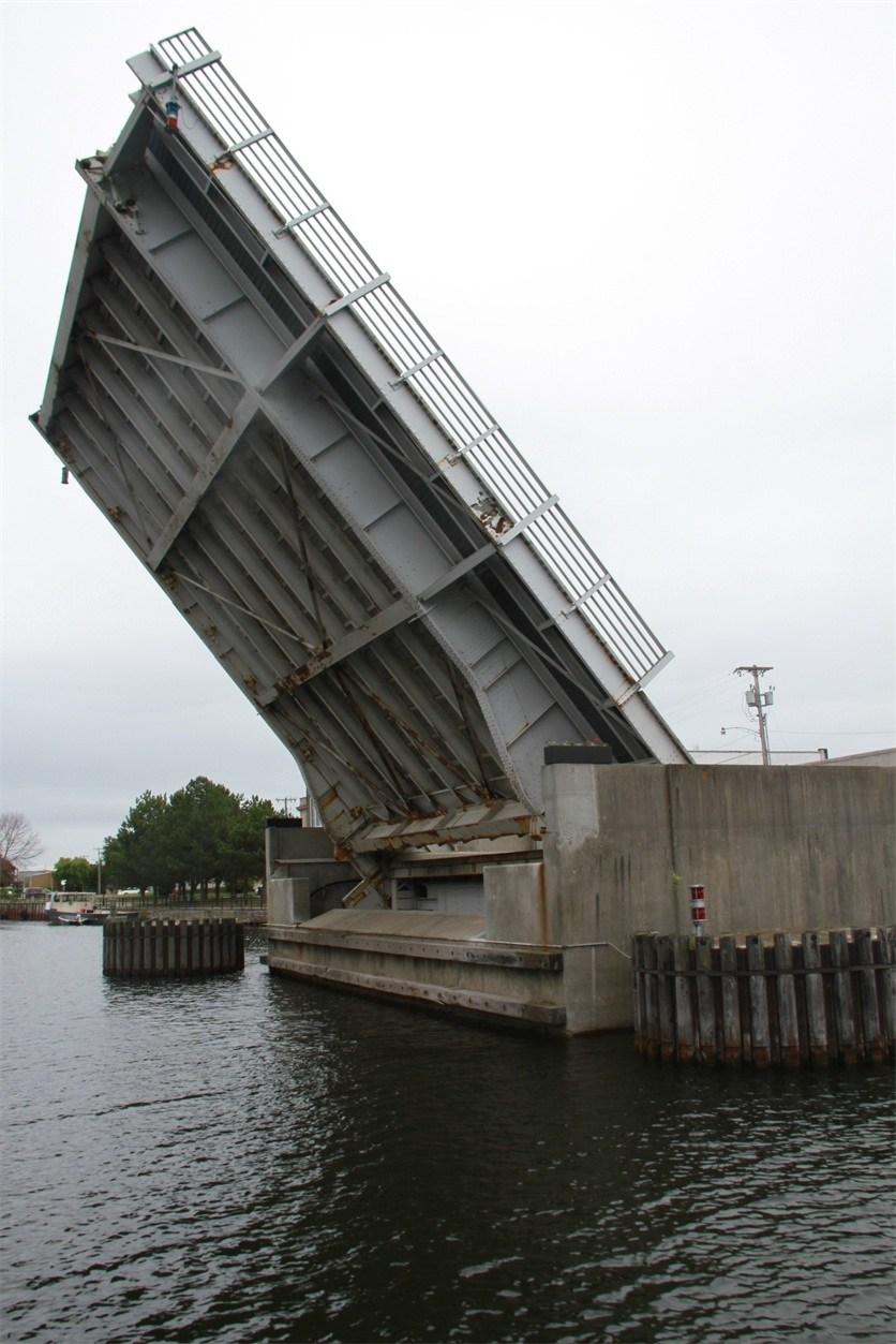 Second Avenue Bridge going up for a boat tour in Alpena