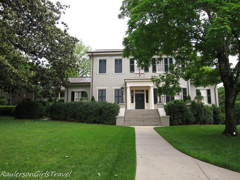 Walker-Lowe House in Huntsville, Alabama
