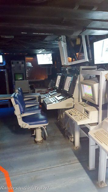 Sailor computers in USS New Jersey