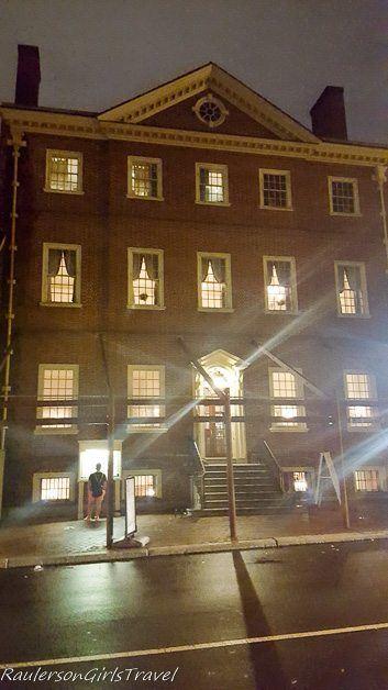City Tavern in Philadelphia - Best Ghost Tours around the world