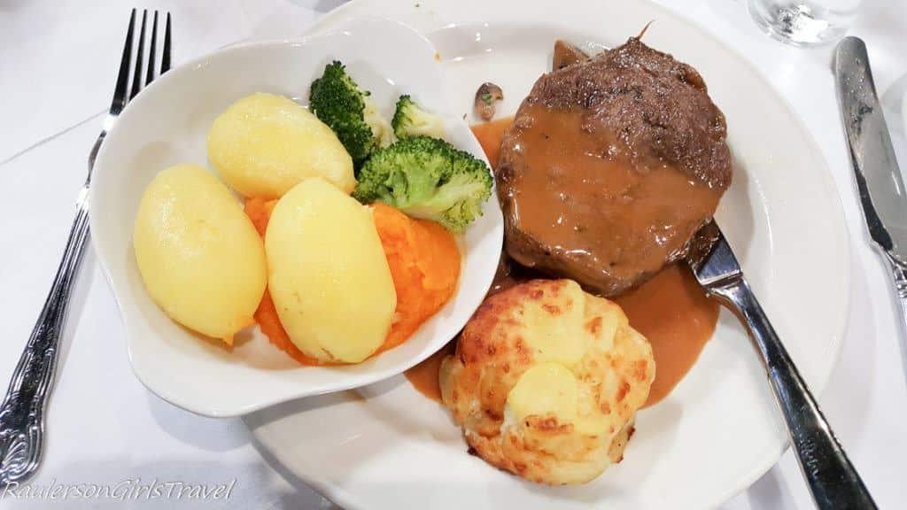 Pan Seared Rib Eye Steak lunch at The Gleneagle TBEX Ireland