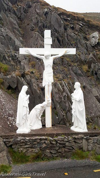 Crucifix on the scenic Slea Head Drive around Dingle Peninsula