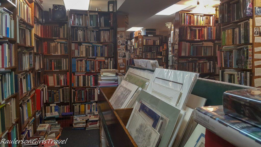 Inside Commonwealth Books in Boston, Massachusetts - Bookstores Around the World