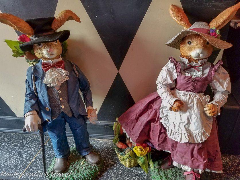 Rabbit decorations at Mad Hatter Bistro