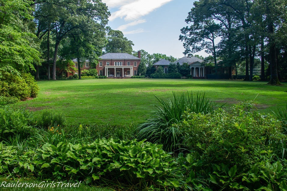 Backyard of Dixon Gallery and Gardens - unique things to do in Memphis