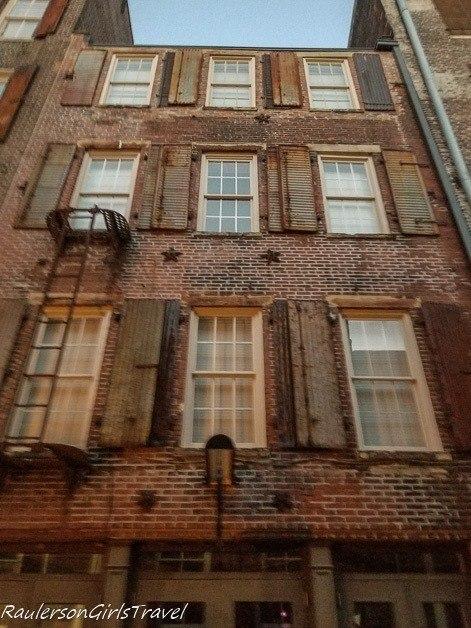 Original facade for Memphis revitalization