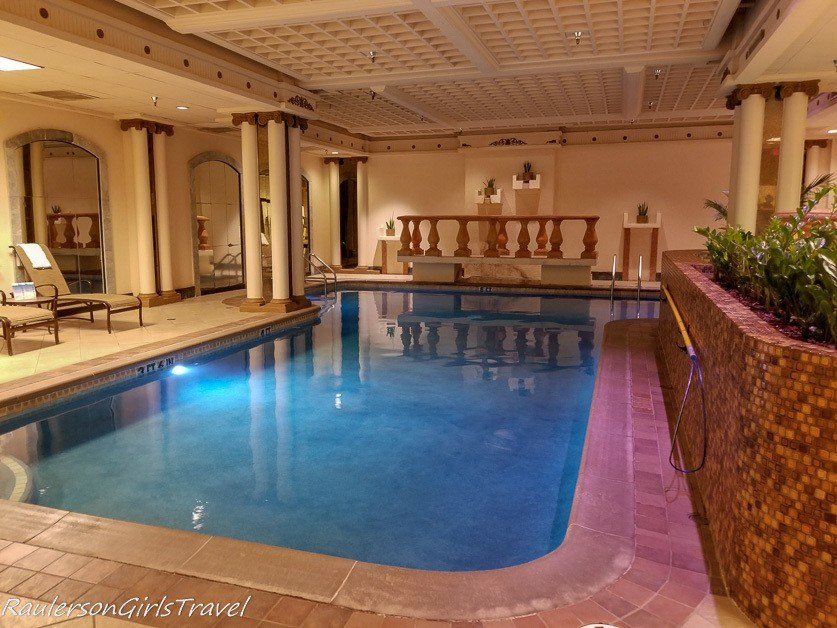 Pool at the Peabody Hotel
