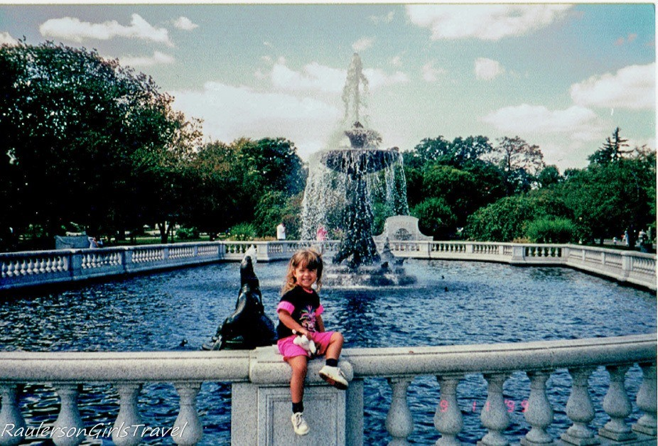 Kayla at Detroit Zoo water fountain - First visit as a Unaccompanied Minor, flying by herself