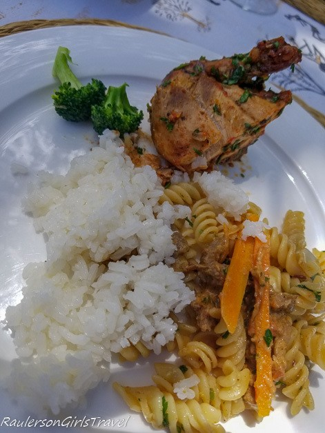 Acacia Farm Lodge Lunch Family Style