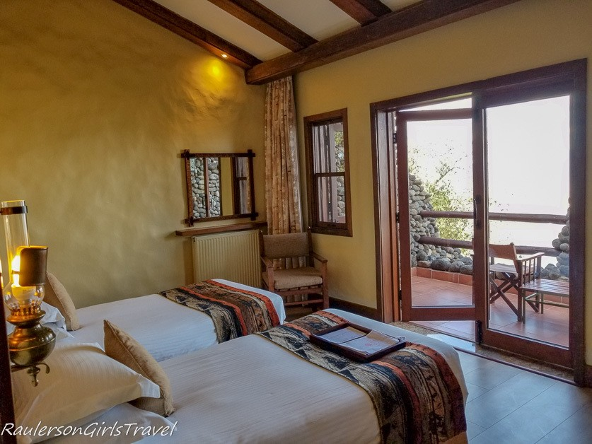 Ngorongoro Serena Lodge Bedroom