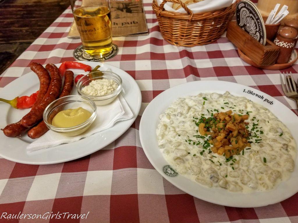 Bryndzové halušky and Roasted Sausage