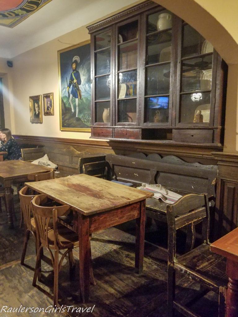 Snir's Room in Slovak Pub