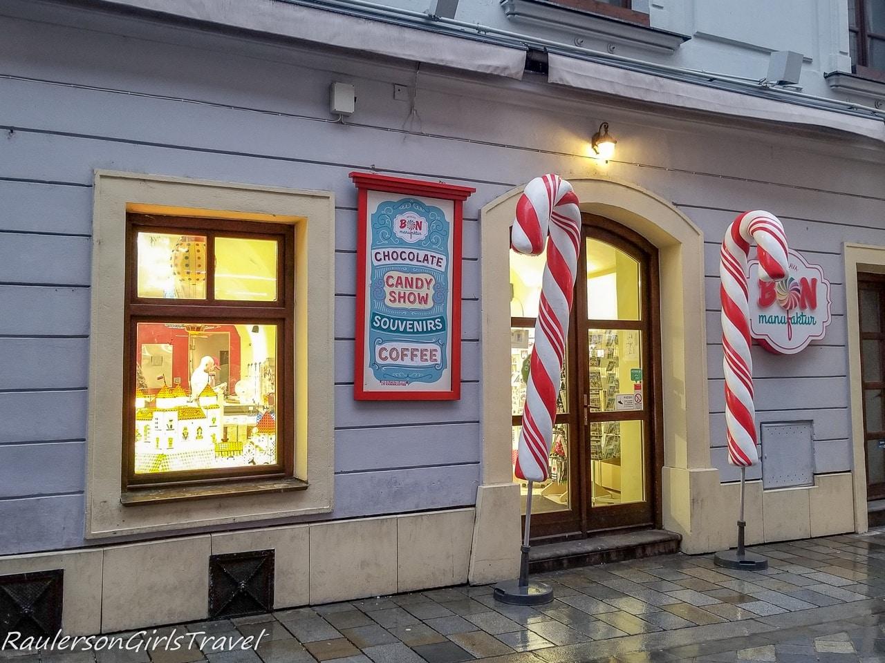 Bon candy store