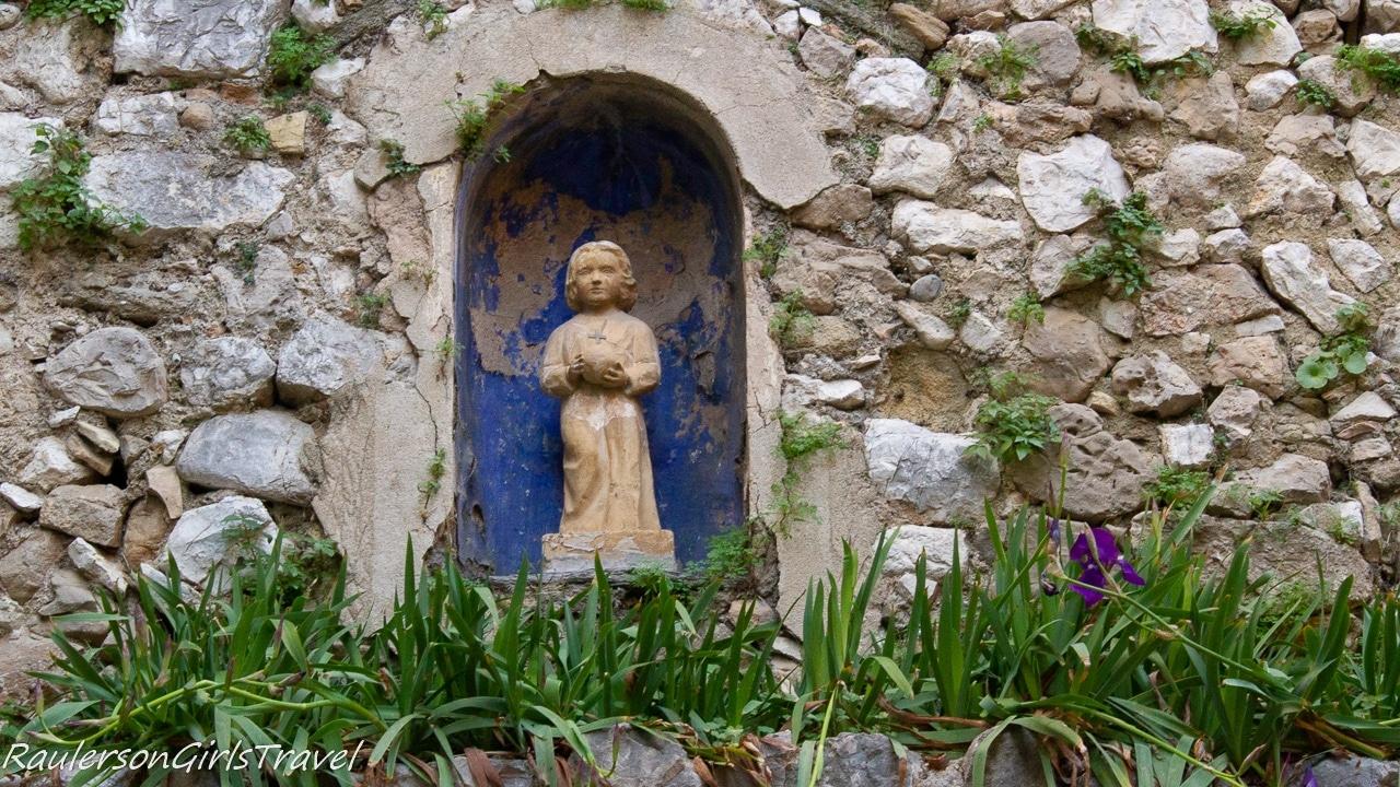 Statue at the entrance of St. Paul de Vence