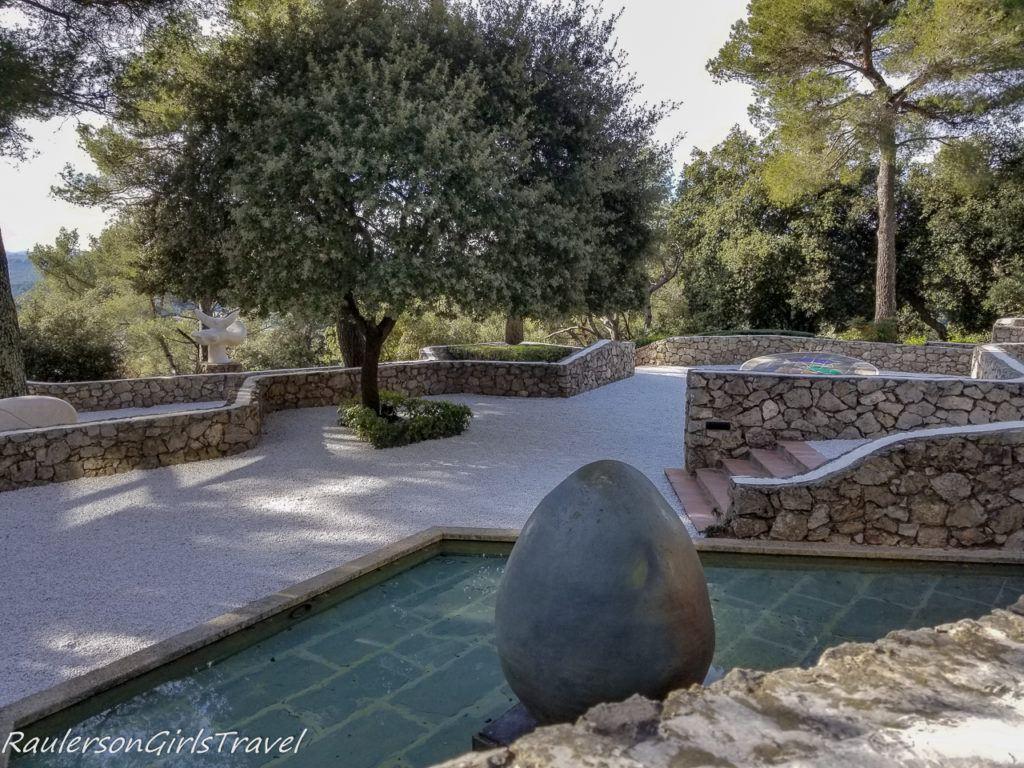 The Miró Labyrinth