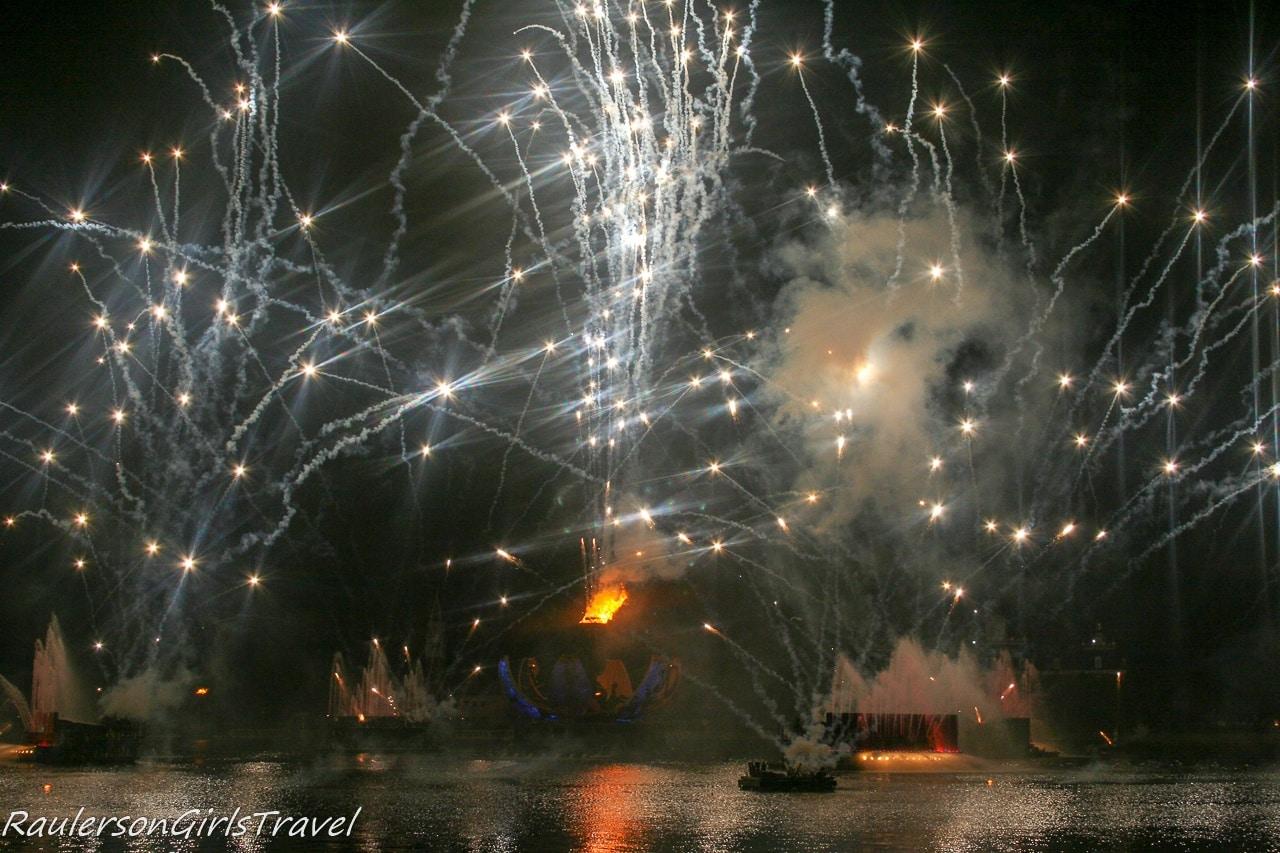 Disney Illuminations Earth Globe opened up with white fireworks shooting everywhere