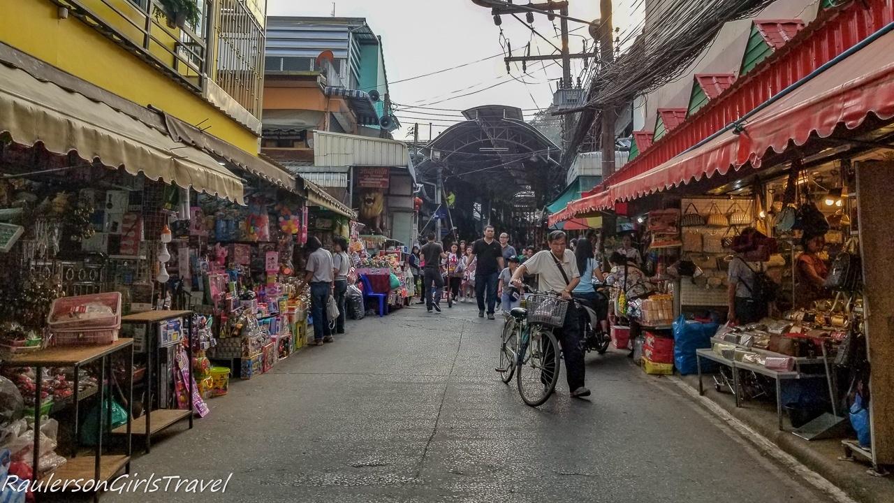 Mae Sai Outdoor Market