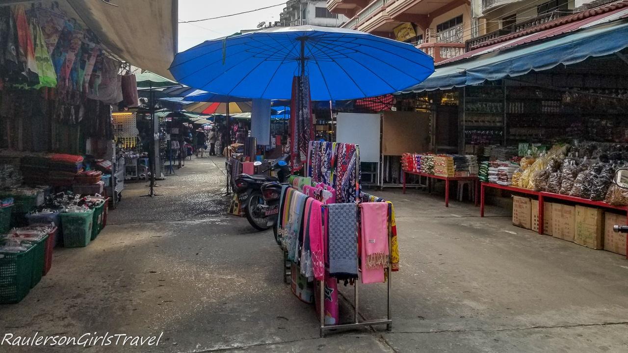 Tar Lot Market 2