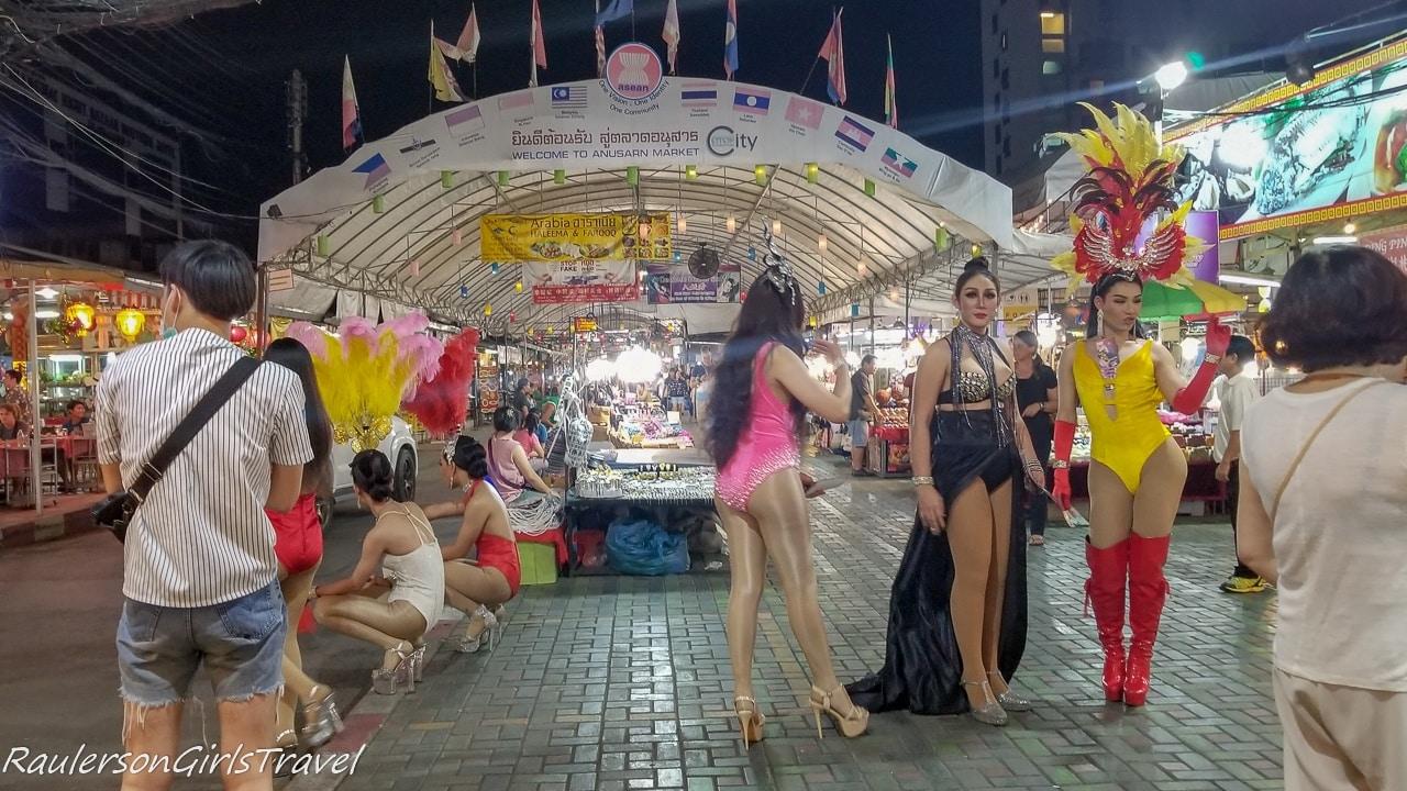 Cabaret Ladyboys