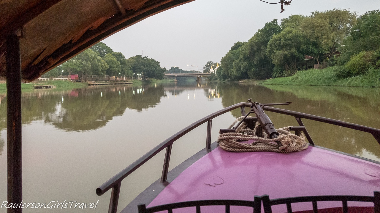 Cruising down the Mae Ping River