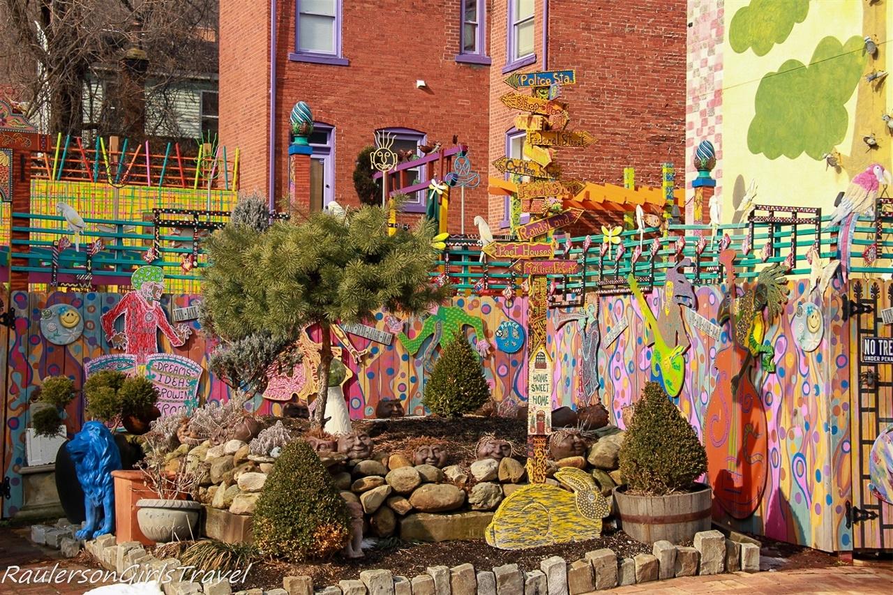 Outdoor murals at Randyland