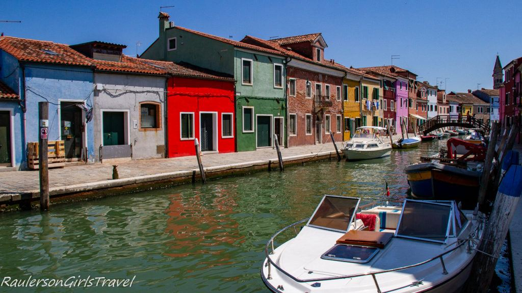 Colorful Fisherman Houses in Burano 3