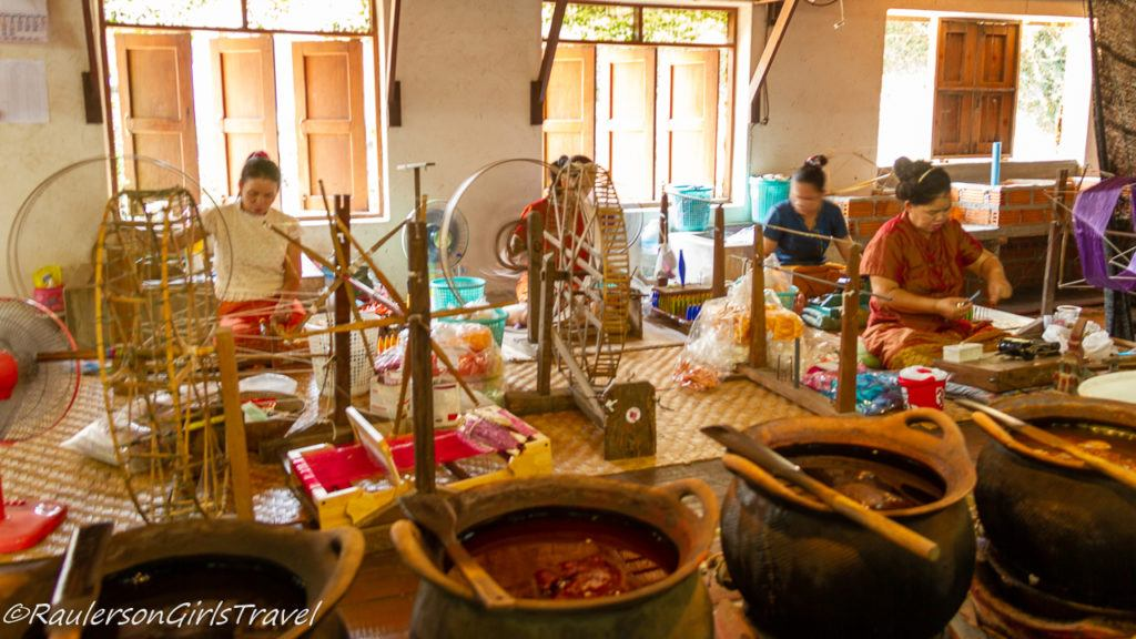 Dyeing of the Silk Threads