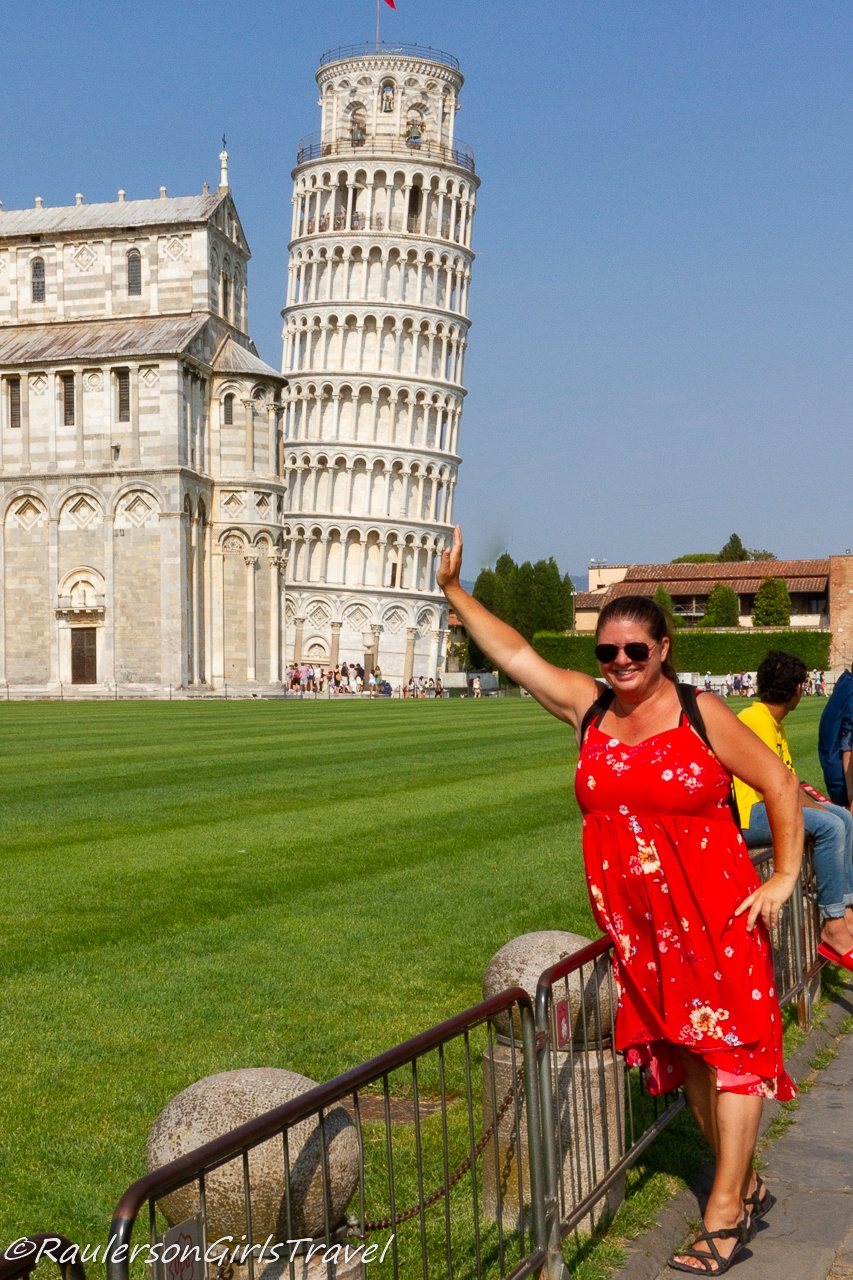 Heather holding up the Leaning Tower of Pisa
