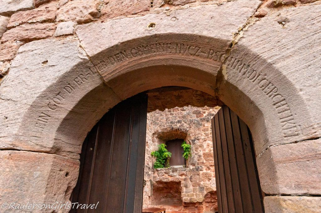 writings on the doorway arch in Castle Nanstein
