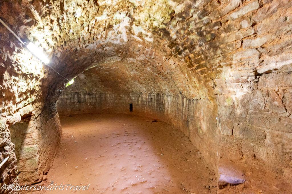Kitchen caverns