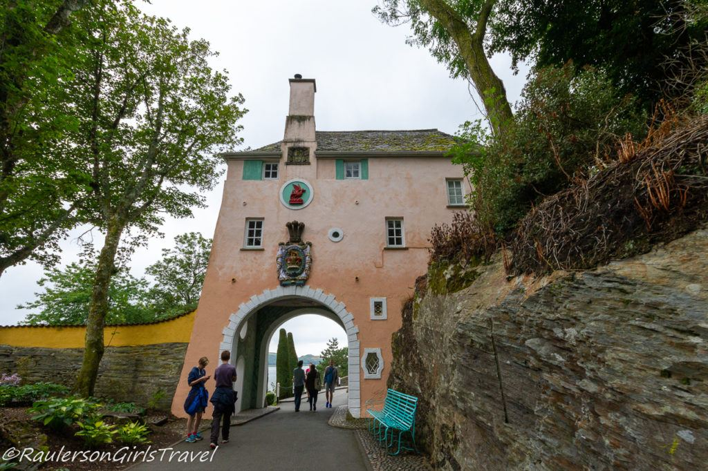 Gatehouse Self-Catering Cottage in Portmeirion Village