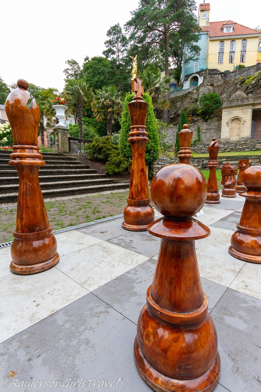 Large Chess Game in Portmeirion - Things to Do in Portmeirion