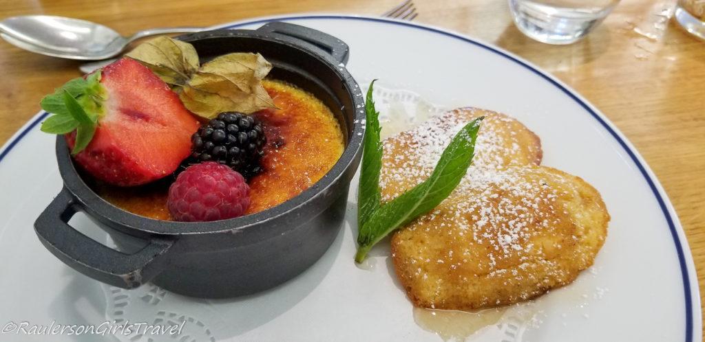 Crème Brûlée with fruit