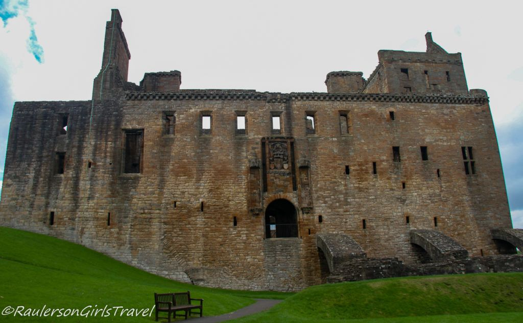 Main Entrance Exterior of Linlithgow Palace