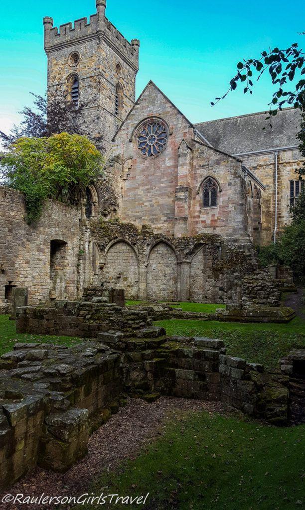 Culross Abbey ruins