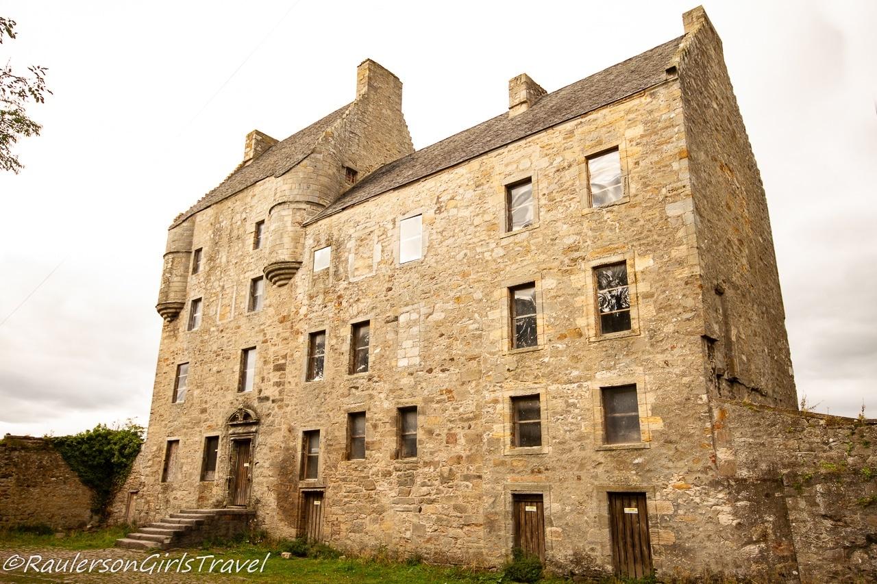 Midhope Castle - Outlander Tour Scotland