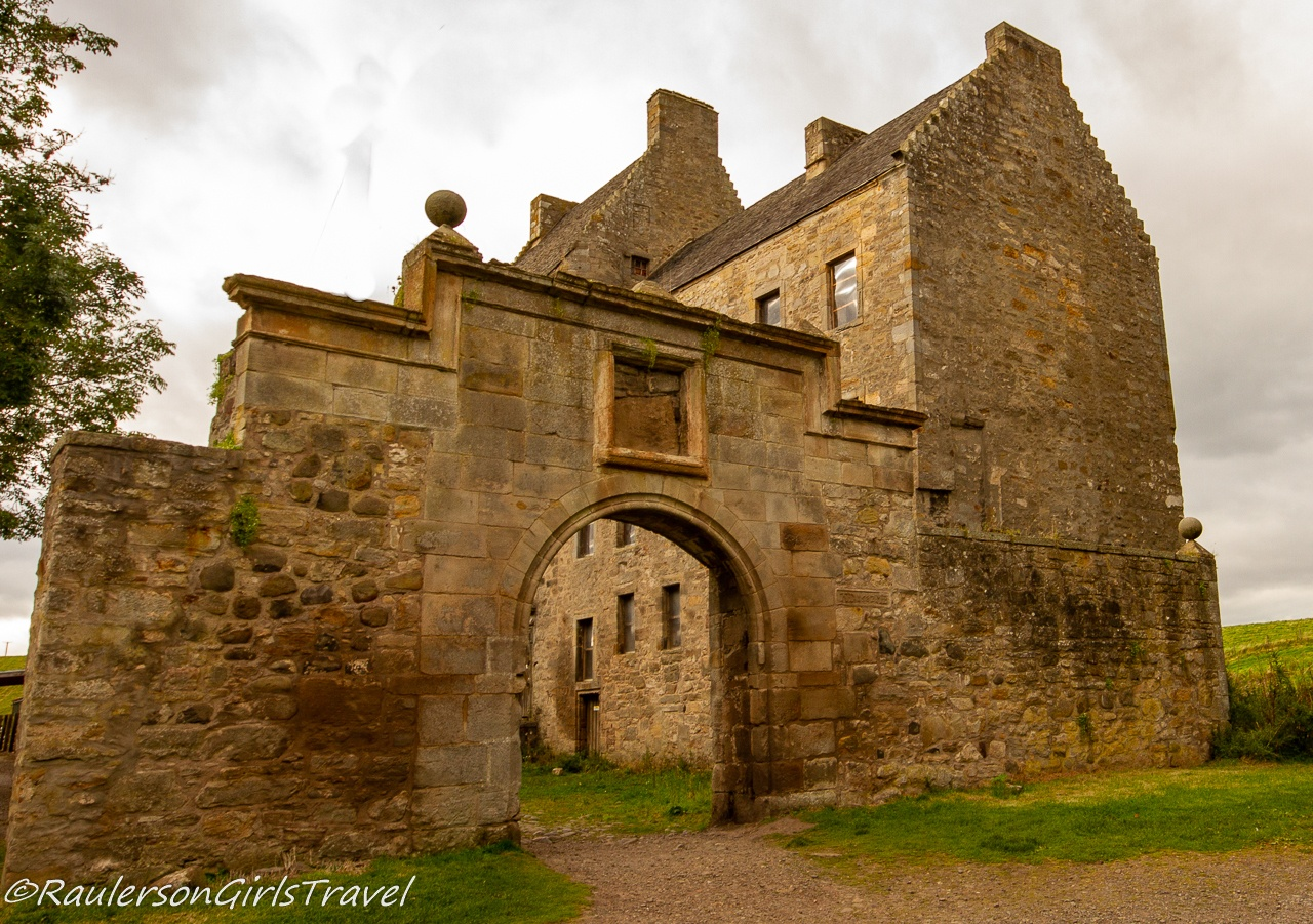 Entrance to Midhope Castle