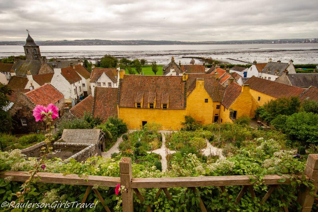 Garden of Culross Palace - Outlander Tour Scotland