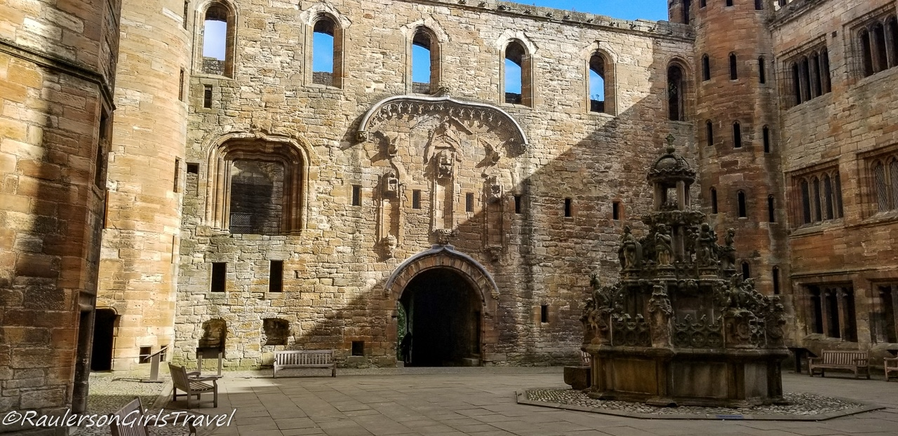 Interior courtyard in Linlithgow Palace