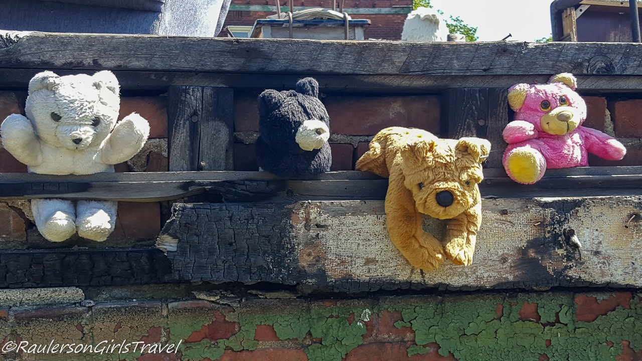 Teddy Bears on a Burned Out House at the Heidelberg Project