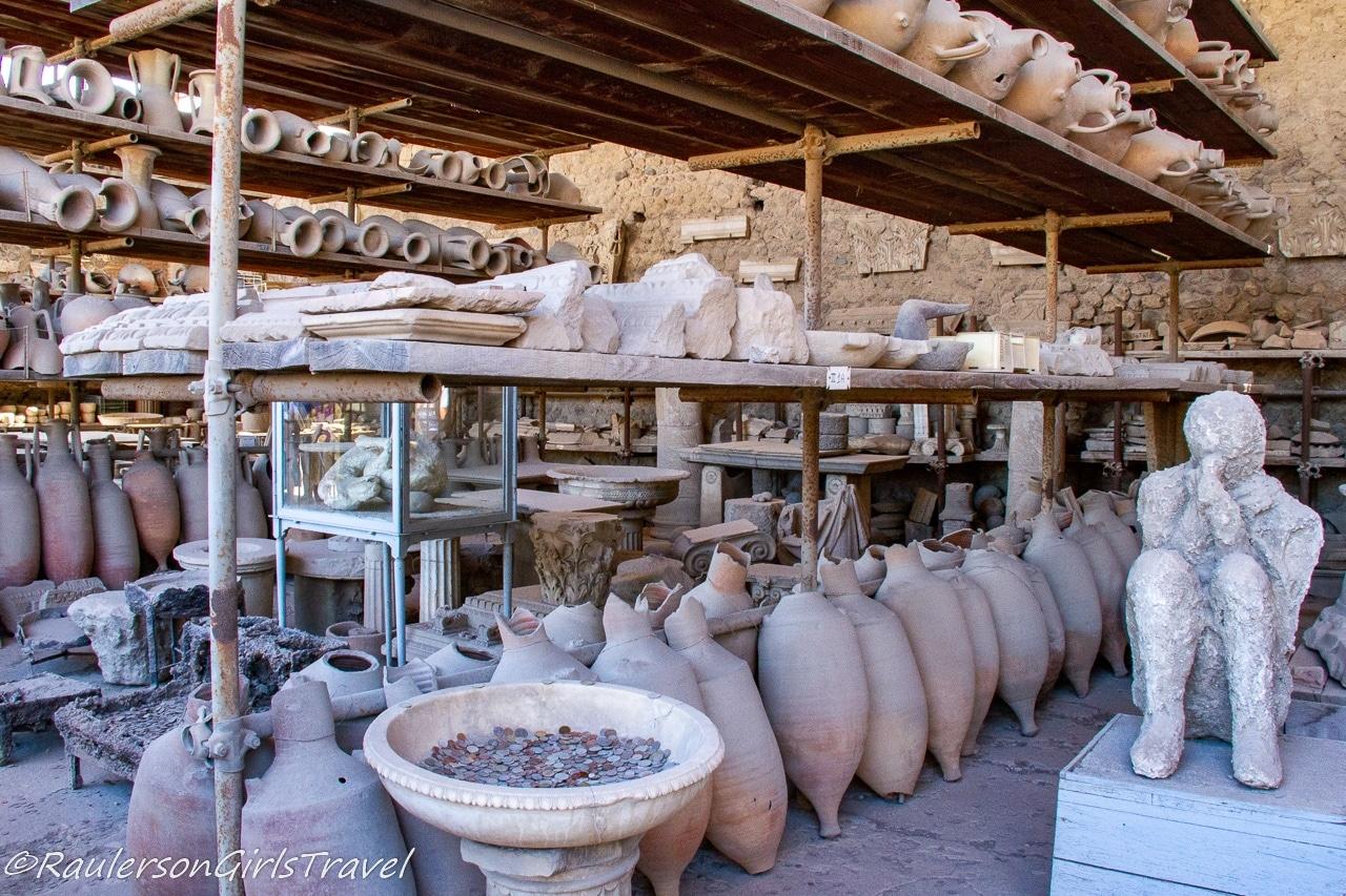 Mensa Ponderaria - artifacts found in Pompeii