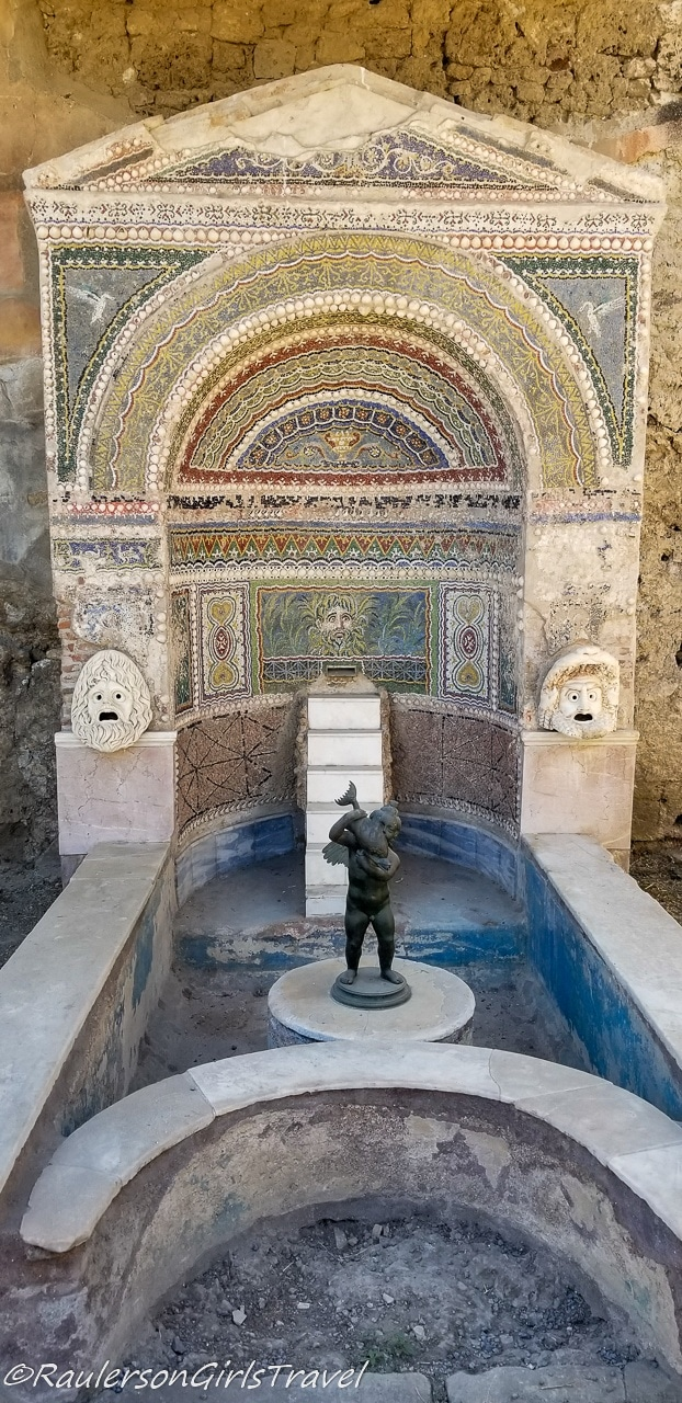 Large Mosaic Fountain in Casa della Fontana Grande