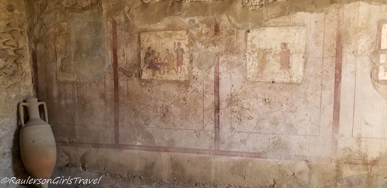 Drawings on walls in Pompeii