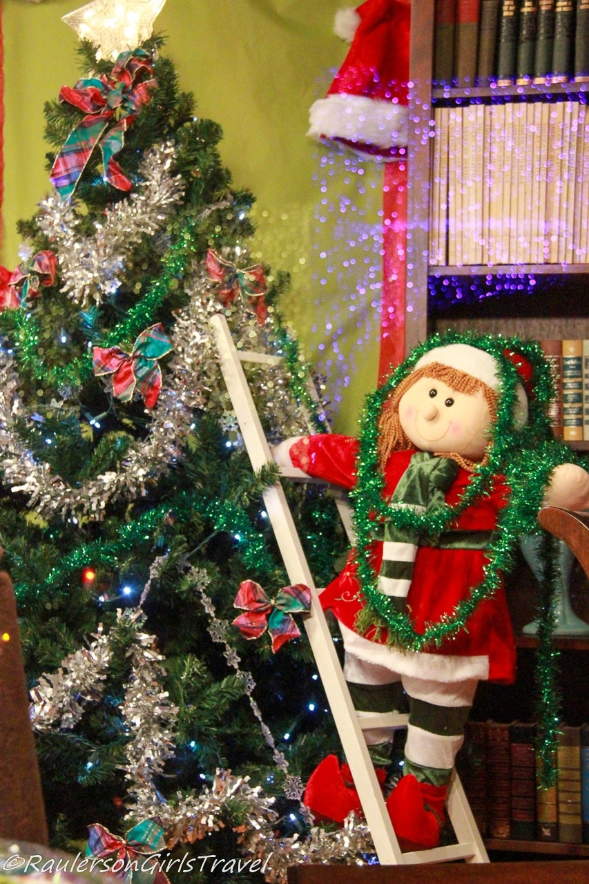 Holiday Window Decorations - Lagniappe and Kris Kringle Market