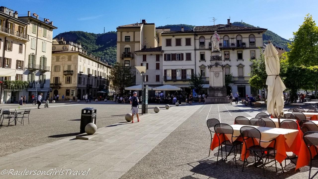 Town Square in Como, Italy