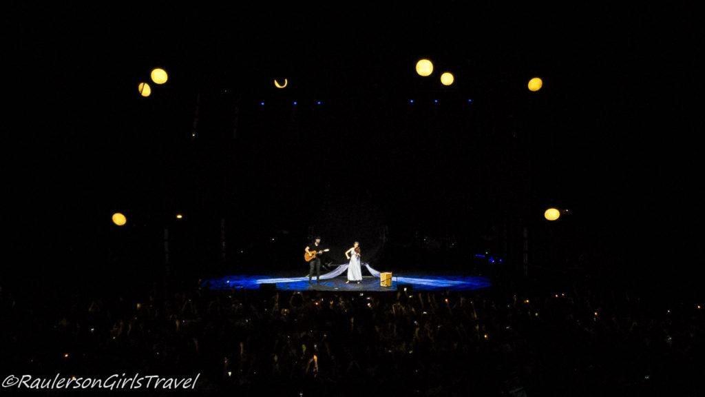 Lindsey Stirling concert - violin and guitar
