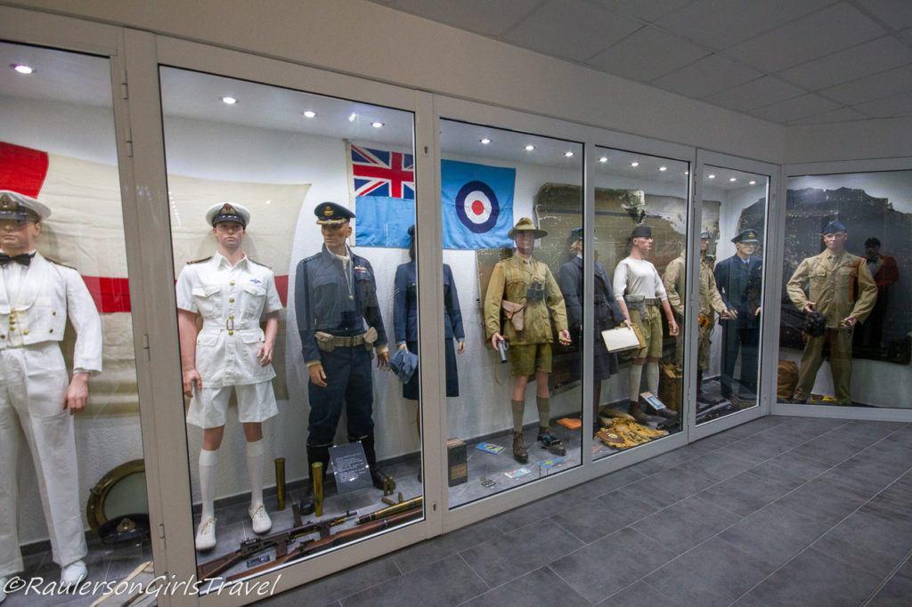 British WW2 uniform display