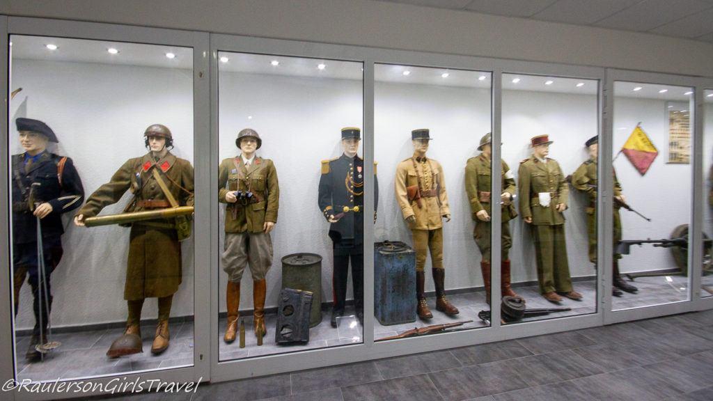 WW2 men uniforms