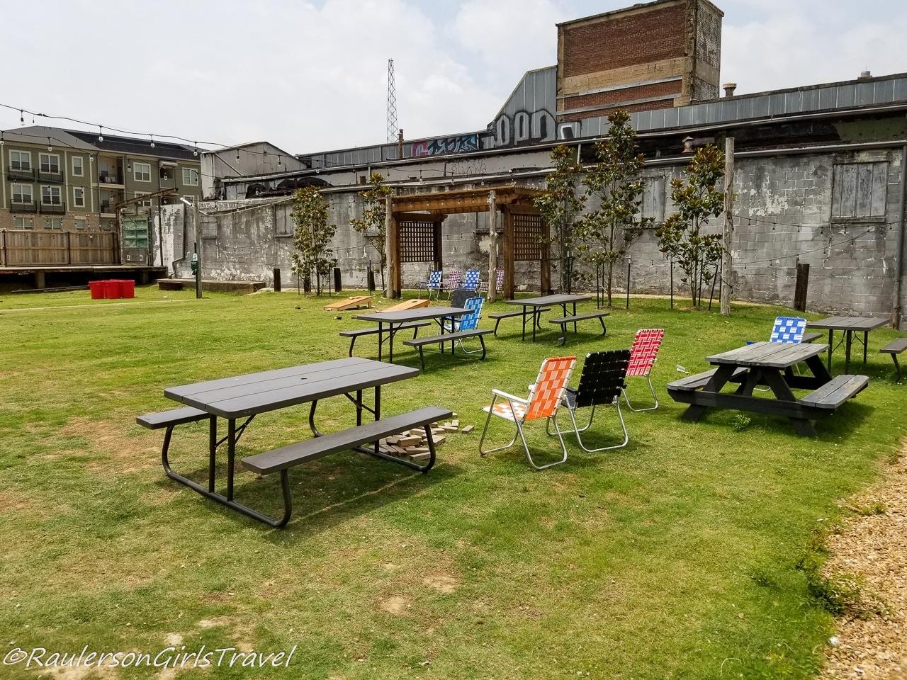 Loflin Yard - Memphis Restaurants